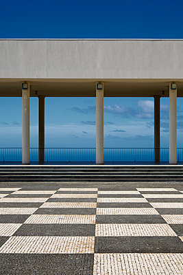 Modern architecture - p1032m903736 by Fuercho
