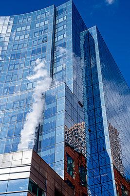 High-rise facade Boston - p401m2203251 by Frank Baquet