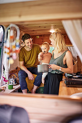 Family in Camper Van - p1124m2228996 by Willing-Holtz
