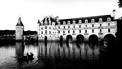 France, Chenonceau castle - p945m2178886 by aurelia frey