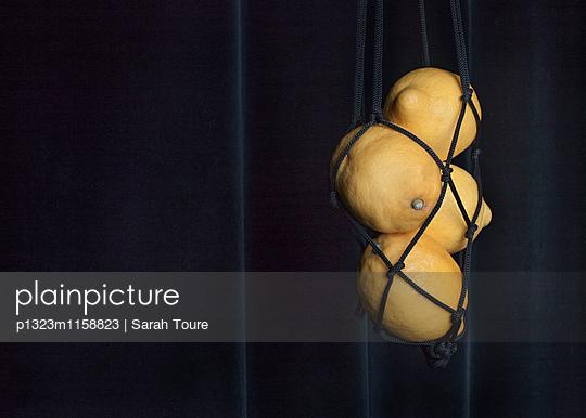 Vier Zitronen - p1323m1158823 von Sarah Toure