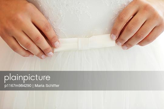 Braut - p1167m984290 von Maria Schiffer