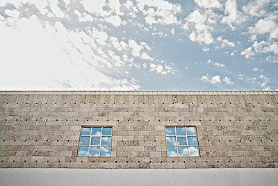 Fensterspiegelung - p1092m900086 von Rolf Driesen