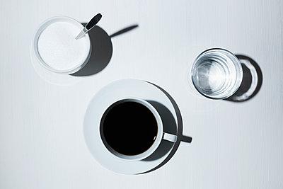 Kaffee trinken - p1149m1144552 von Yvonne Röder