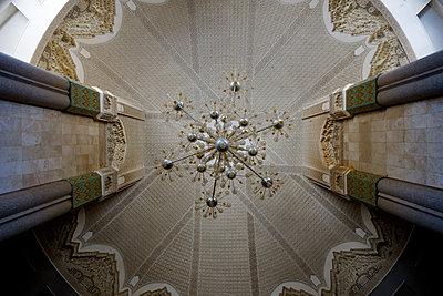 Innenansicht der Hassan II Moschee - p1189m1221935 von Adnan Arnaout