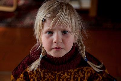 Little girl - p522m893853 by Pauline Ruhl Saur