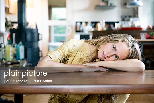 p300m1563182 von Peter Scholl