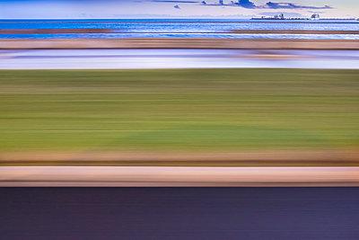 Bewegungsunschärfe - p335m1007596 von Andreas Körner