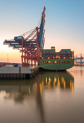 Germany,Hamburg, Port of Hamburg, Container Terminal - p300m927970 by Roy Jankowski
