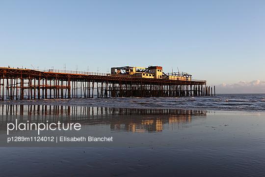 Hastings Pier - p1289m1124012 von Elisabeth Blanchet