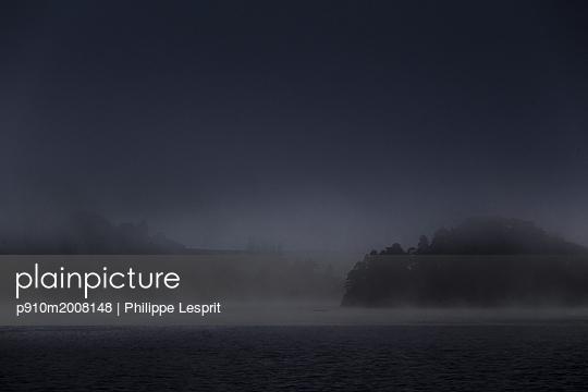 Glenfinnan, Loch - p910m2008148 von Philippe Lesprit