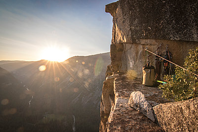 Camp at Dano Ledge at sunset, high up on West Face of Leaning Tower above Yosemite Valley, Yosemite National Park, California, USA - p343m1554850 by Suzanne Stroeer