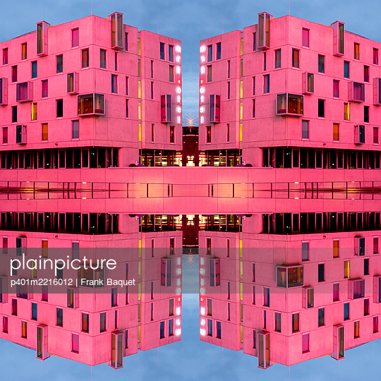 Abstract Architecture Kaleidoscope Cologne - p401m2216012 by Frank Baquet