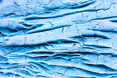 Amazing blue ice texture - p1166m2096258 by Cavan Images