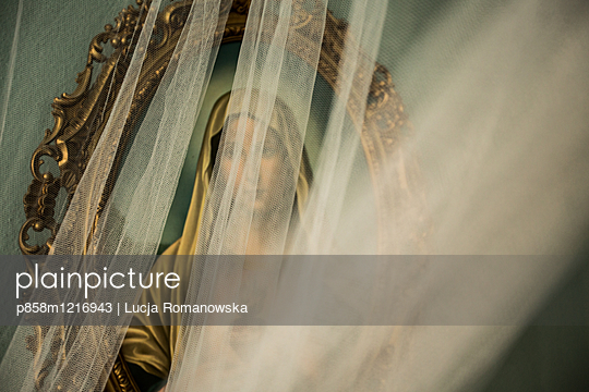 p858m1216943 by Lucja Romanowska