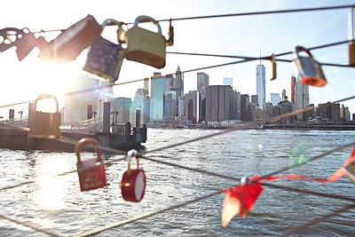 Liebesschlösser New York - p1461m1516455 von NASSIM OHADI