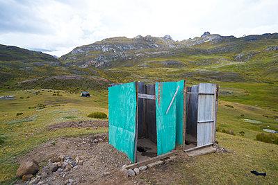 Toilette - p1259m1072297 von J.-P. Westermann
