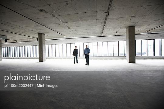 p1100m2002447 von Mint Images