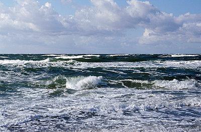 Ostsee-Wellen - p1870295 von Katarzyna Zommer