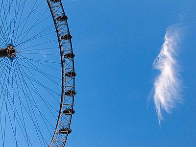 London Eye - p240m1044446 von Valerie Wagner