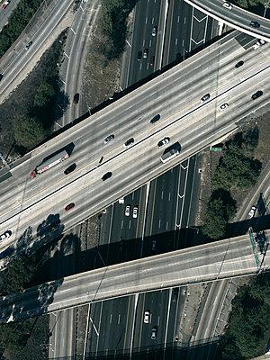 Highway in Los Angeles - p356m822593 by Stephan Zirwes
