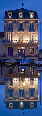 Harbour Marseillan - p1072m906748f by Anthony Worobiec