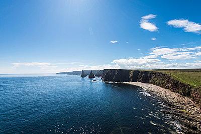 Scotland, Duncansby Head, John o' Groats. - p1142m966104 by Runar Lind