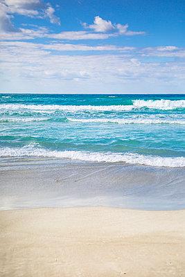 Strand am Mittelmeer - p1325m1460858 von Antje Solveig