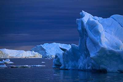 Icebergs in Arctic Ocean, Greenland - p1026m992026f by Romulic-Stojcic