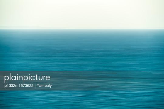Blick auf das Meer - p1332m1573622 von Tamboly