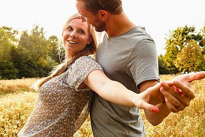 Paar in der Natur - p1343m1190541 von 4r3p