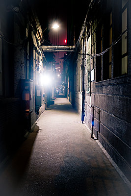 Scary alley - p795m1161263 by Janklein