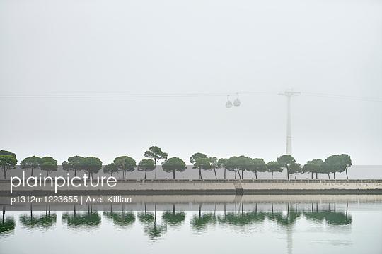 Lissabon - p1312m1223655 von Axel Killian