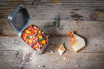 Canned food - p936m1161865 by Mike Hofstetter