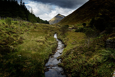 Highlands - p910m2008157 by Philippe Lesprit