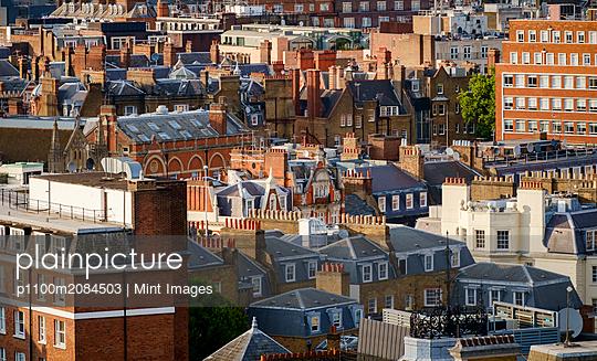 16.07.11 - p1100m2084503 by Mint Images