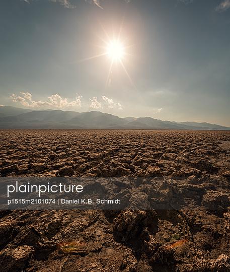 Death Valley - p1515m2101074 by Daniel K.B. Schmidt