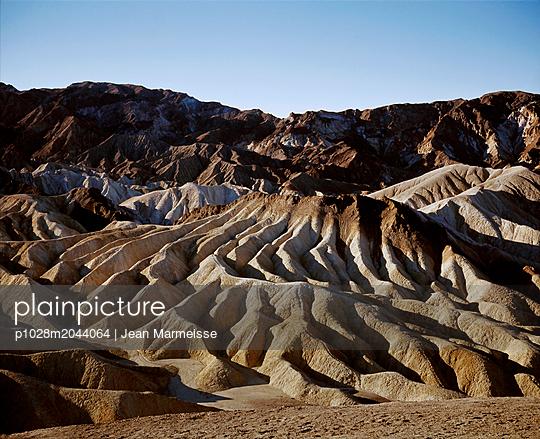 Zabriskie Point, Death Valley, California - p1028m2044064 von Jean Marmeisse