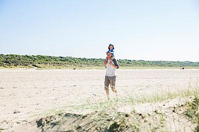 Nordseeurlaub, Zeeland - p904m1452386 von Stefanie Päffgen