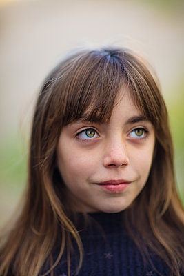 Girl with green eyes - p1635m2211758 by Amanda Witt