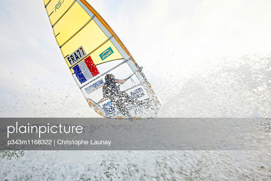 p343m1168322 von Christophe Launay