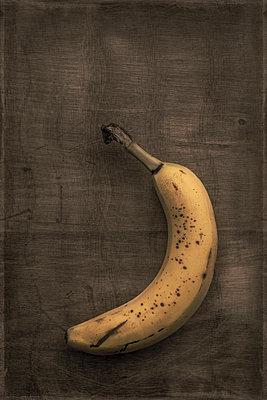 Banana - p1228m1137774 by Benjamin Harte