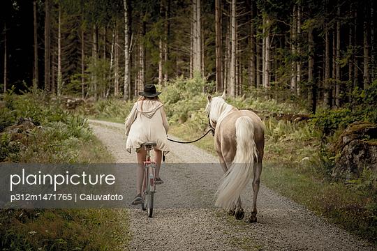 p312m1471765 von Caluvafoto