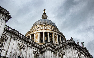 St. Paul's Cathedral in London - p1445m2148348 by Eugenia Kyriakopoulou