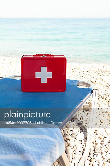 Notfallkoffer - p454m2037706 von Lubitz + Dorner