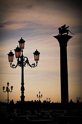 Markusplatz in Venedig - p1149m1332986 von Yvonne Röder