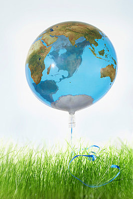 The Earth - p4640919 by Elektrons 08