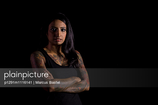 Tattoed Indian Woman - p1291m1116141 by Marcus Bastel