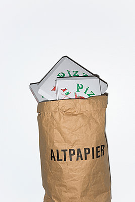 Packaging waste - p454m1332580 by Lubitz + Dorner