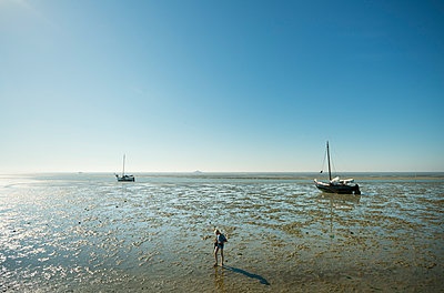 Waddensea summer - p1132m1168552 by Mischa Keijser